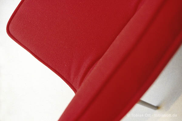 Roter Sessel